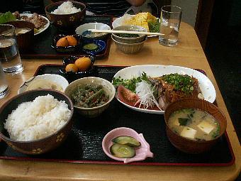 Momoya_sashimi